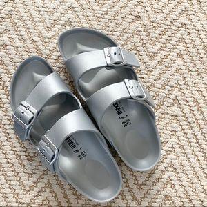 Birkenstock Arizona Slide Sandal - Silver Metallic